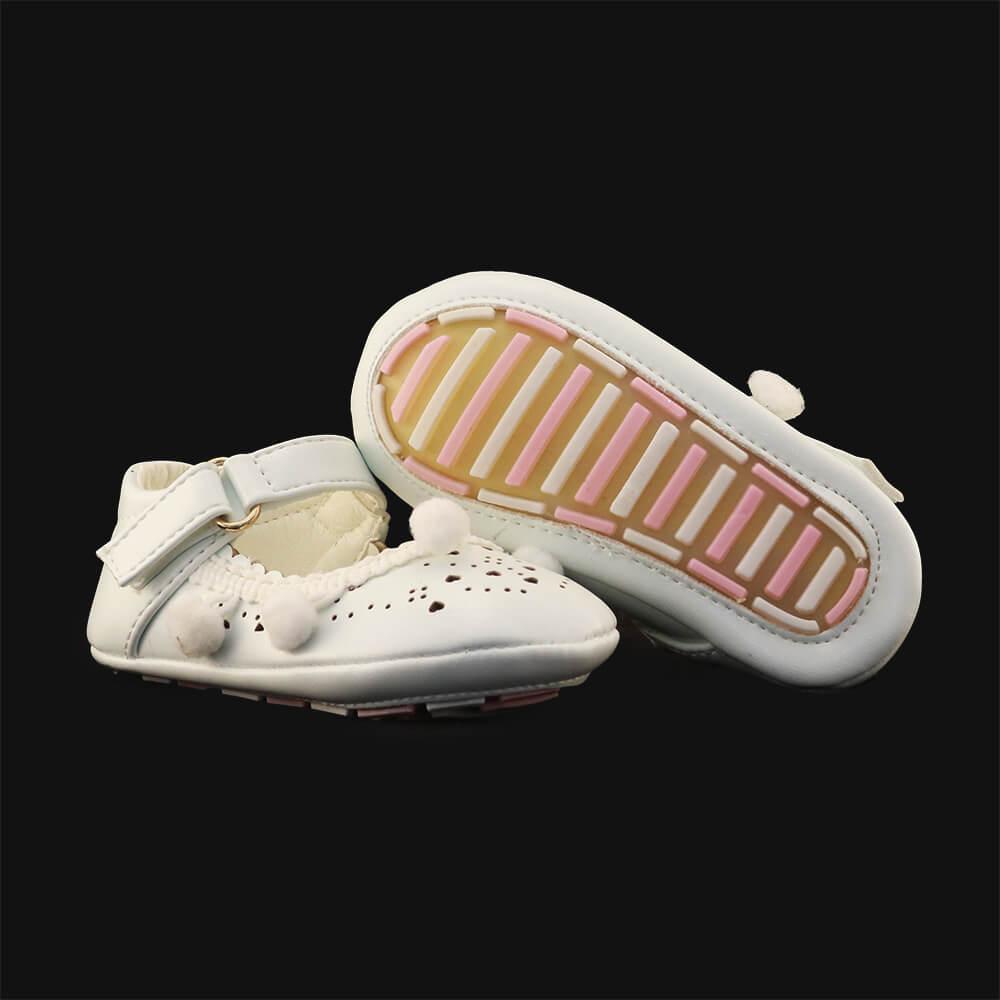 white baby cruiser shoes